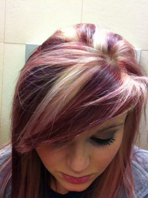 Burgundy Hair With Blonde Highlights - Hairstyle Archives