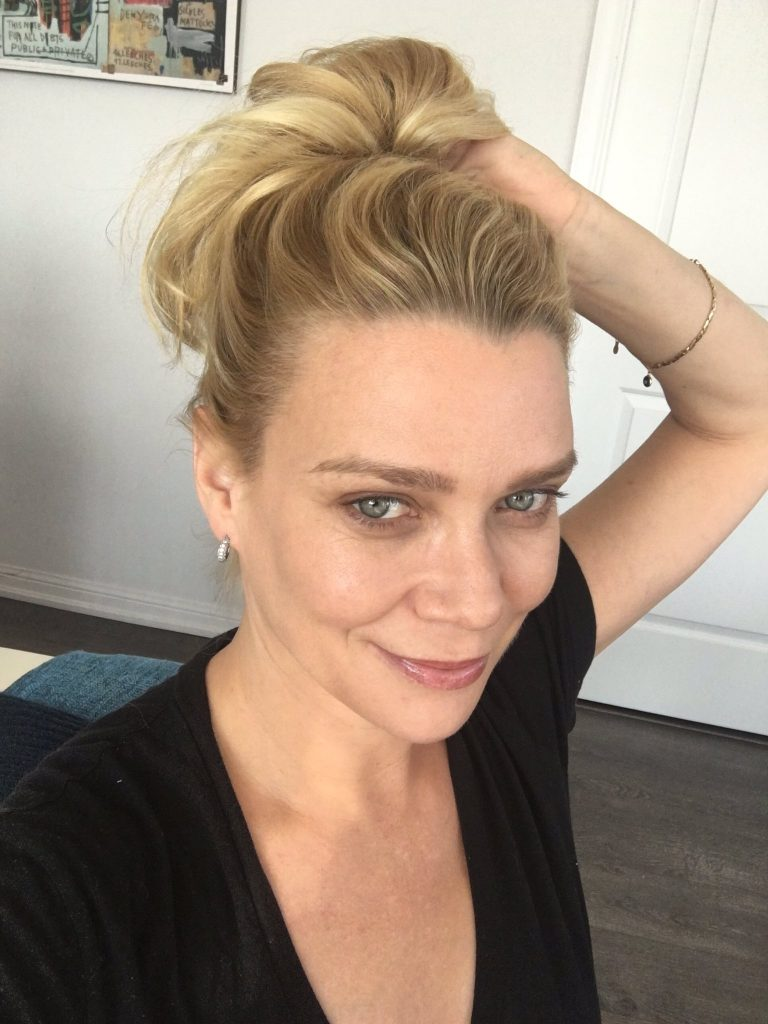 Laurie Holden Hair
