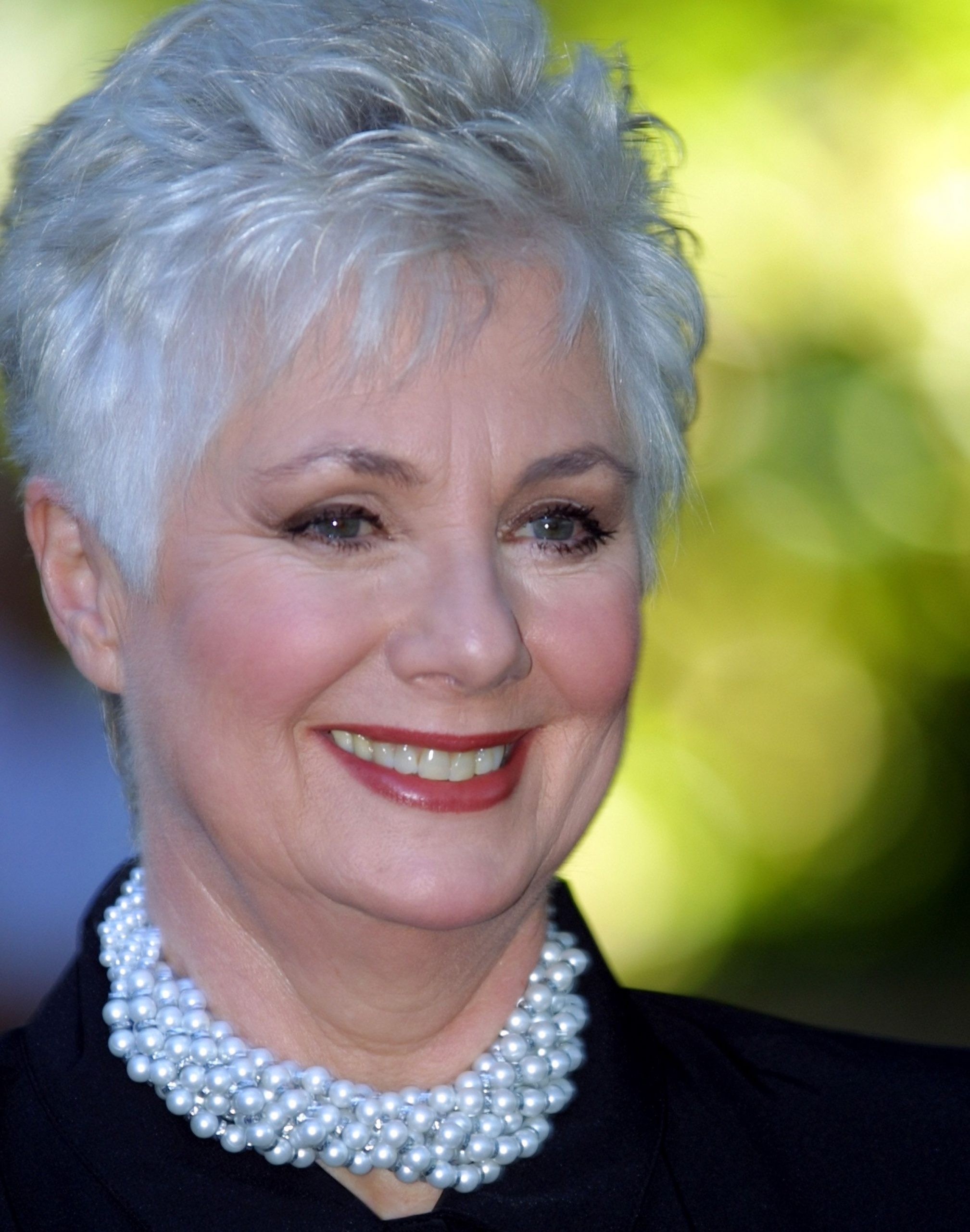 Shirley Jones Hairstyle Pictures