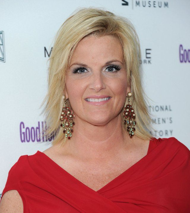 Trisha Yearwood Hairstyle Pictures